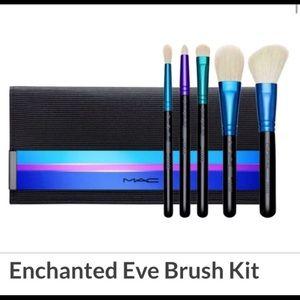 MAC 6pc Enchanted Eve Brush Kit w/ pouch set
